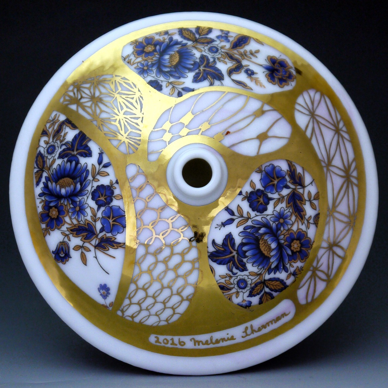 Blue & Gold Budvase #porcelain #gold #luster # lustre #chinapaint #ceramics #vase #blue #flowers